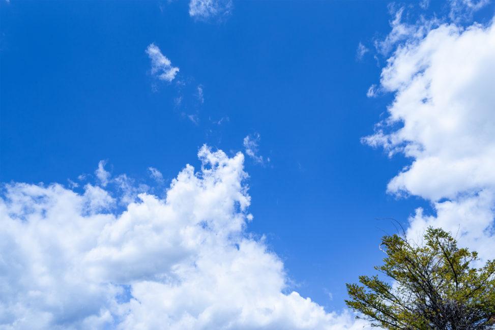 晴天の空と雲02の写真素材