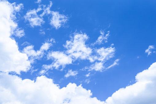 晴天の空と雲04の写真素材