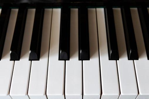 ピアノの鍵盤02の写真素材