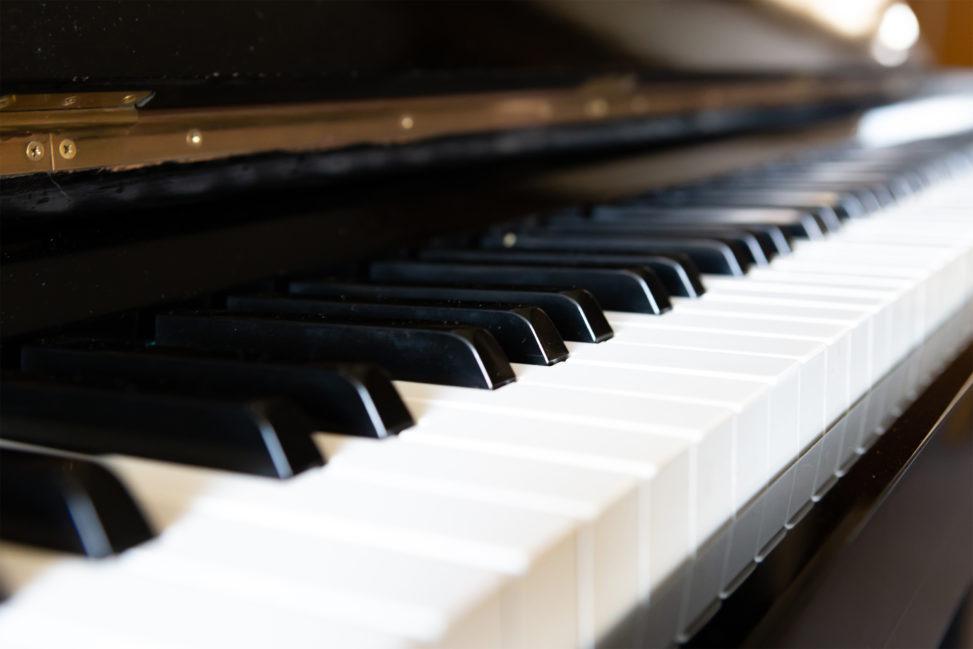 ピアノの鍵盤04の写真素材