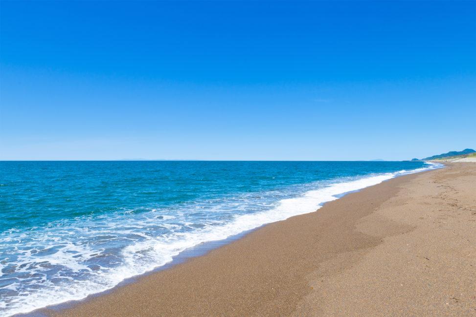 海(日本海)と砂浜03の写真素材