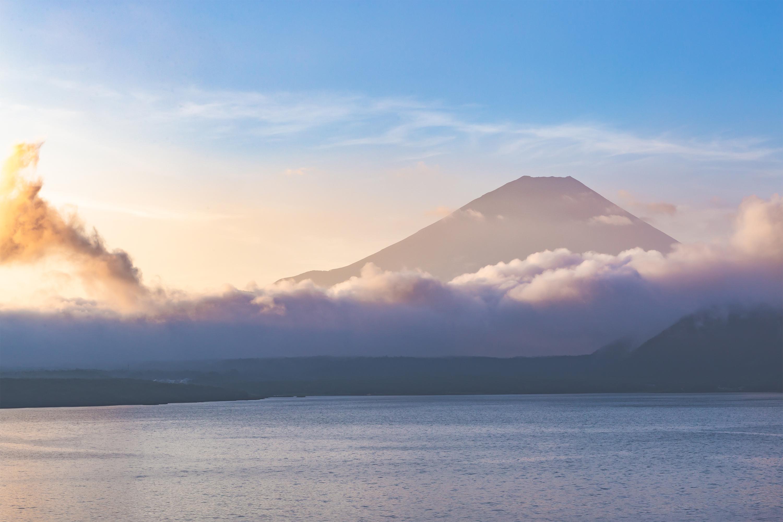 富士山と本栖湖の朝焼け03 無料の高画質フリー写真素材 イメージズラボ