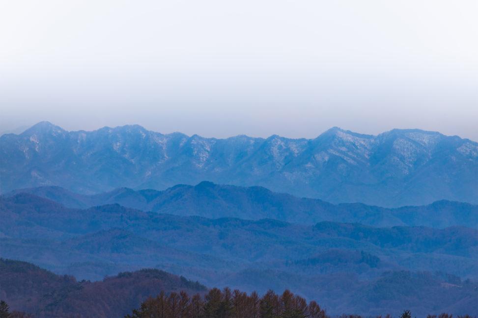 山脈・山並みのフリー写真素材
