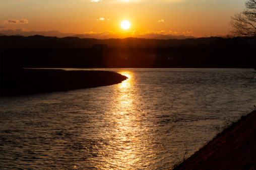 千曲川と夕日02のフリー写真素材