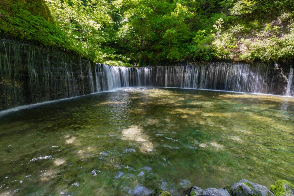 軽井沢の白糸の滝のフリー写真素材