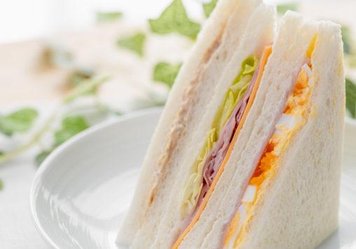 ミックスサンドイッチ(たまご/レタスハム/ツナ)_2の写真