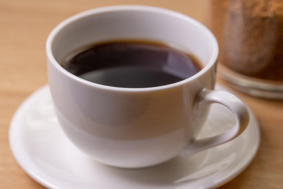 インスタントコーヒー/白いカップ_3の写真