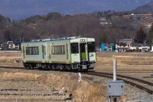 ローカル電車/小海線/冬_2の写真